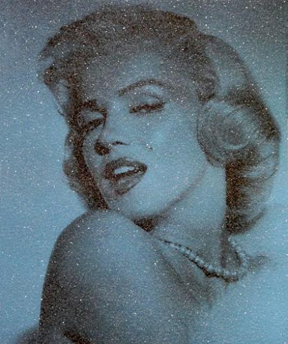Marilyn Monroe Electric Blue - David Studwell